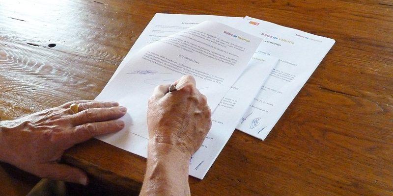 firma-estatuto-suizos-de-valencia